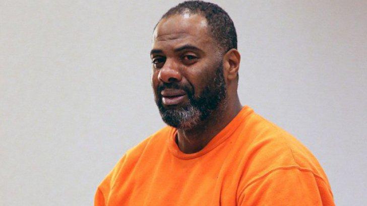barbat eliberat din inchisoare dupa 30 de ani